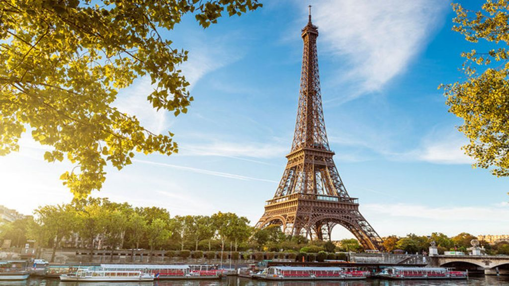 Tour of Paris with Tripology Holidays.